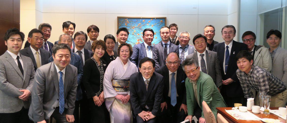 日韓交流研修会での集まり。2017年4月7日~4月9日ソウルで行われた。